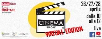 Kan een afbeelding zijn van staan, camera, scherm en de tekst 'MAC film DIGITALE UTTO presentano SEρONS HE 26/27/28 aprile dalle 10 alle 12 live f YouTube CINEMA SHOW VIRTUAL EDITION'