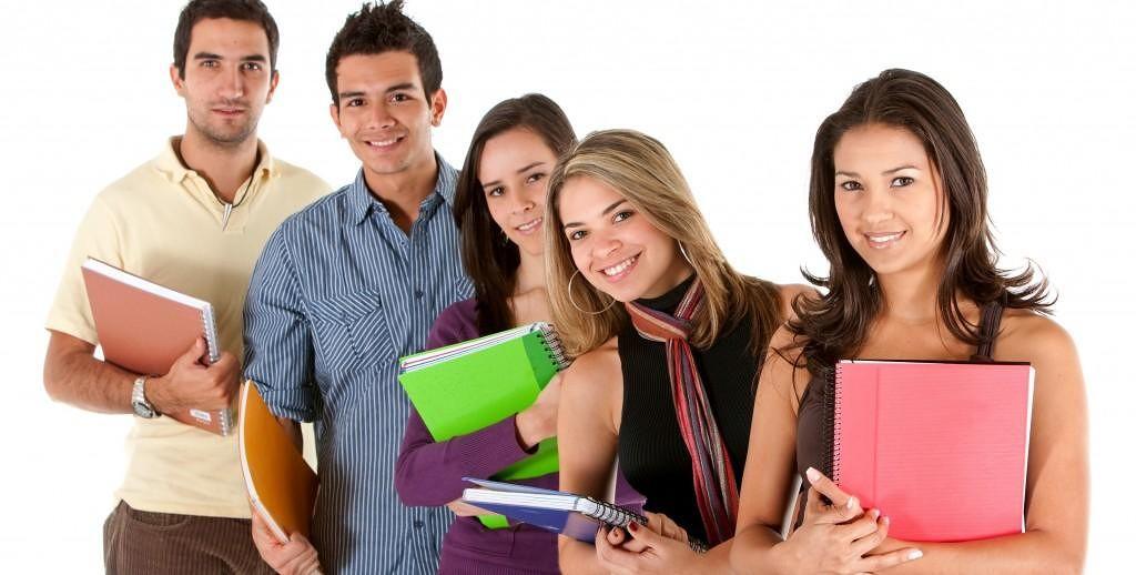 guadagni-diploma-studenti-laurea-1024x518